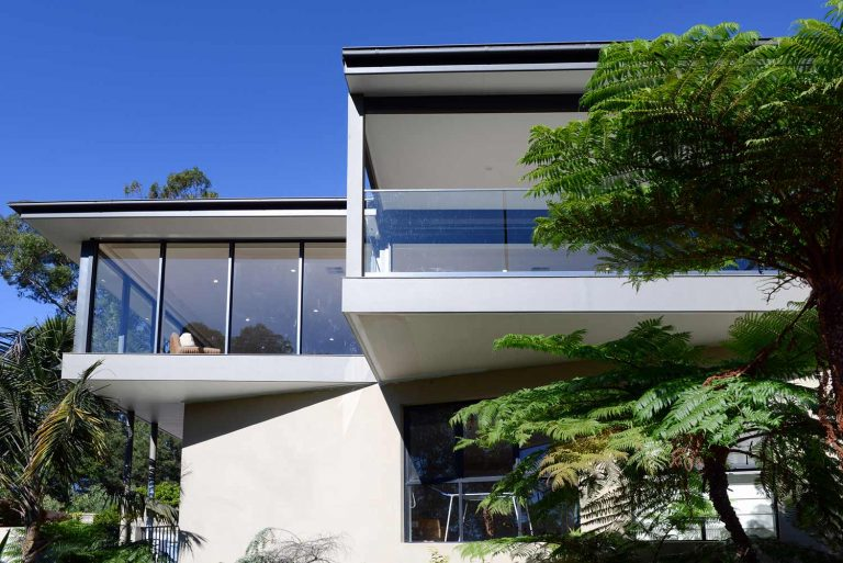 The extensions to this Naremburn home include cantilevered balcony and living/dining area.