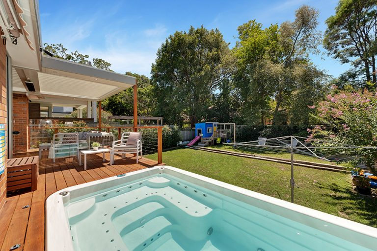 Castlecrag pool area at rear of house