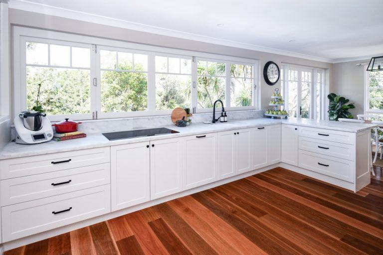 Stunning Shaker-Style Kitchen in St. Ives